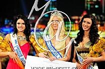 Urska BRACKO -Miss Universe Slovenia 2014- Dijana PURIC -prva spr.-, Gabriela LORANCIC -druga spr.-