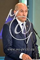 Janez JANSA -predsednik Vlade Slovenije-