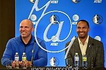 Jason KIDD trener -Dallas Mavericks-, Michael FINLEY -podpresednik kosarkaskih operacij v NBA ligi-
